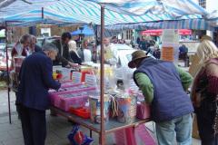 CM-kicks-off-Bridport-Street-Market-2006
